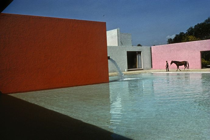 RENÉ BURRI: Horse Pool and House by Luis Barragan, San Cristobal, Mexico (1976)