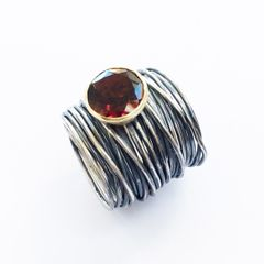 Disa Allsopp Oxidised Spaghetti Ring with 18k Gold and Garnet