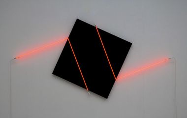 François Morellet Contresens n°2 (2015) 2 angles of red neon and acrylic on canvas on wood, ed 3/3 133 x 274 cm (panel 100 x 100 cm) (ref:Fm0086)