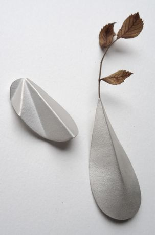 Viki Pearce, silver vessel brooches