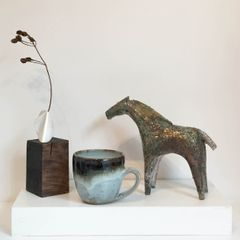 Jewellery, ceramics and sculpture