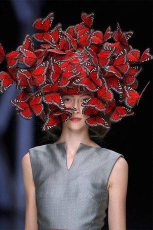 Alexander McQueen: Savage Beauty: Image 1