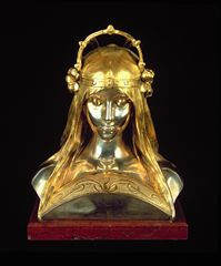 Alphonse Mucha Head of a Girl, statue for the stand of the Houbigant Perfumery at the Paris Exhibition 1900 Gold, enamel, fresh water pearls, mother of pearl and semi-precious stones © Mucha Trust 2015