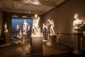 An evening of European sculpture and fine wine