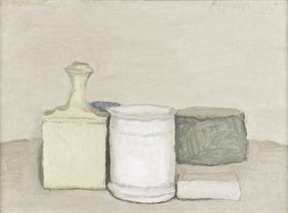 Giorgio Morandi (1890 – 1964), 'Natura Morta', 1953. Oil on canvas, 33.5 x 43 cm. Private collection. Photograph: John McKenzie. Courtesy Ingleby, Edinburgh.