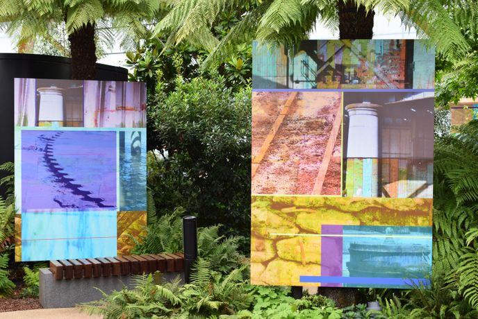 Anne Krinsky: Sea Change & Seeing Double, digital prints on dibond aluminium, 220 x 160 cm. Tropical Thames installation