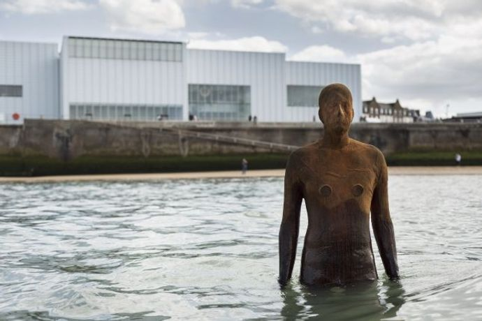 ANOTHER TIME XXI, 2013 © Antony Gormley. On Fulsam Rock on the Margate foreshore. Photography by Thierry Bal