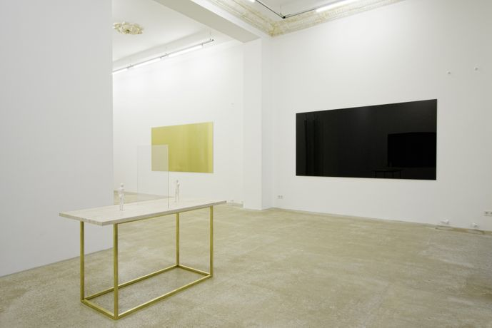 Installation view, courtesy of the artist and Daniel Marzona, Berlin