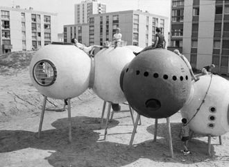 "Group Ludic, Spheres on Stilts, Hérouville-Saint-Clair ""La Grande Delle"", 1968 Courtesy Xavier de la Salle"