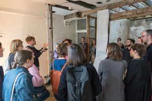 Art Licks Weekend 2017 tour, Tom Lovelace visiting Safehouse, Photo: Sam Nightingale