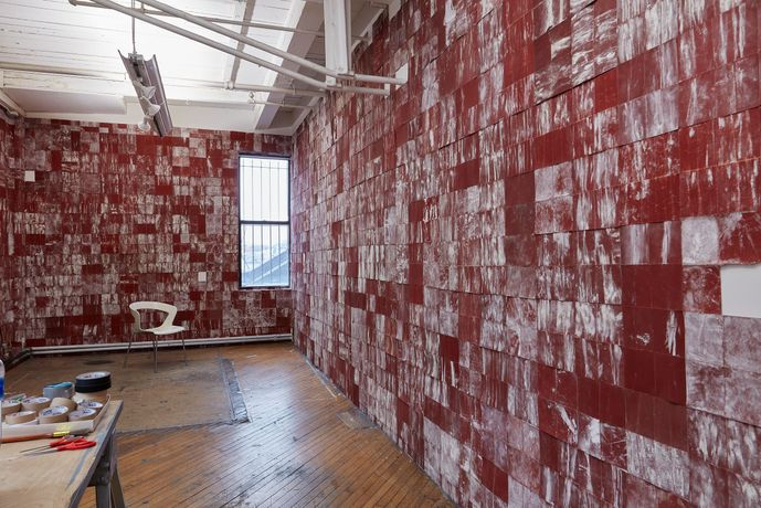 Thiago Honório, The Red Studio, 2014/2019, sandpaper-coated walls, dimensions variable. Photo by On White Wall.