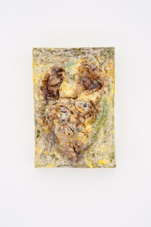 Astrid Wagner, Untitled, glazed ceramic, 23 x 16 cm