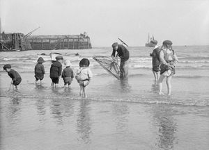 Beside the Seaside: snapshots of British Coastal Life, 1880-1950