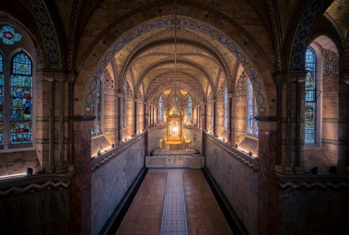 The Fitzrovia Chapel is open each Wednesday between 11:00 and 16:00 for reflection and quiet thought. It is also an opportunity to look around the chapel and see for yourself the breathtaking interior of this hidden treasure in the heart of central London.