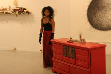Dell M. Hamilton, Linger, Medicine Wheel/Spoke Gallery, Boston, 2013. Photo credit: Lee Thurston