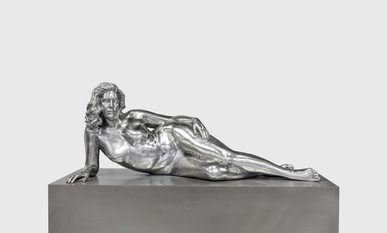 Charles Ray, Reclining Woman, 2018, Forton, 29 1/2 x 73 x 35 1/2 inches; (75 x 185 x 90 cm).