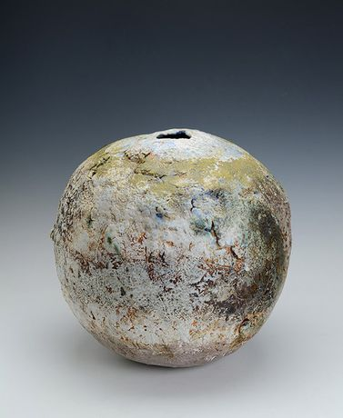 Large Globe, Stoneware by Rachel Wood