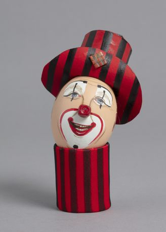 Clowns: The Eggs-hibition: Image 2