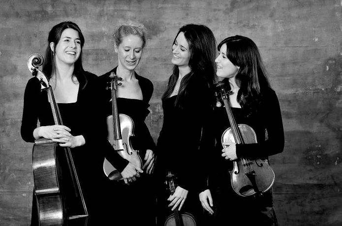 Concert Series 2009 - FINZI QUARTET with Sarah Moule and Andrew Radley: Image 0
