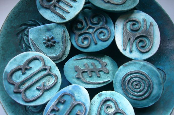 Adinkra Pods Small sculptures.