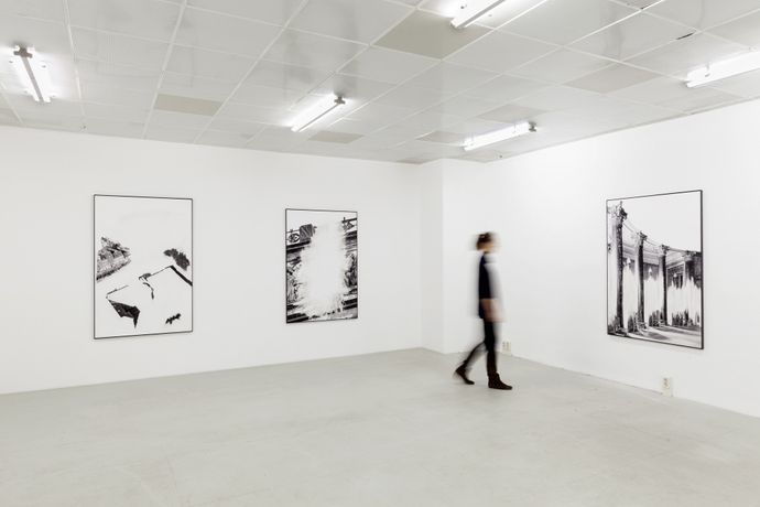 Installation view of: Daniel Poller – Der große Gewinn, series of 11 erased pigment prints, all unique, solo show, G2 Projektraum // G2 Kunsthalle Leipzig, 13 Oct – 1 Nov 2017 © the artist