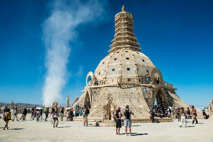 Temple of Grace, LukeSzczepanski, Burning Man, 2014