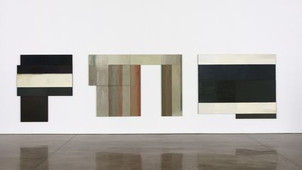 David Novros Lent Painting, 1975 oil on canvas overall: 78 x 300 in. (198.1 x 762 cm) 1 panel @ 30 x 31 1/2 x 2 in. (76.2 x 80 x 5.1 cm)
