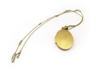 Lin Cheung, Secret - locked locket, 18ct gold