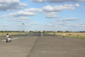Tempelhofer Feld, Berlin