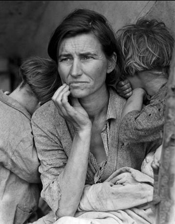 Dorothea Lange, Migrant Mother, Nipomo, California, 1936 © The Dorothea Lange Collection, the Oakland Museum of California.