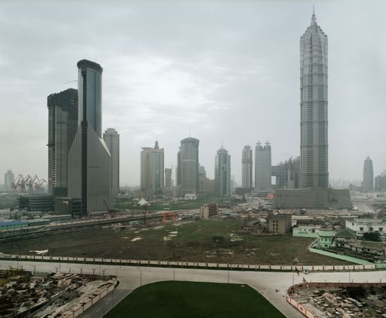 Thomas Struth, Pudong, Shanghai, 1999, Courtesy Ben Brown Fine Arts, London