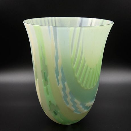 Ikat Vessel, Fused and kiln-formed glass by Ruth Shelley