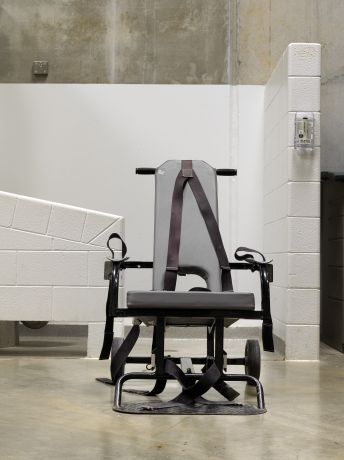 Camp 6, Mobile force-feeding chair © Edmund Clark, courtesy of Flowers