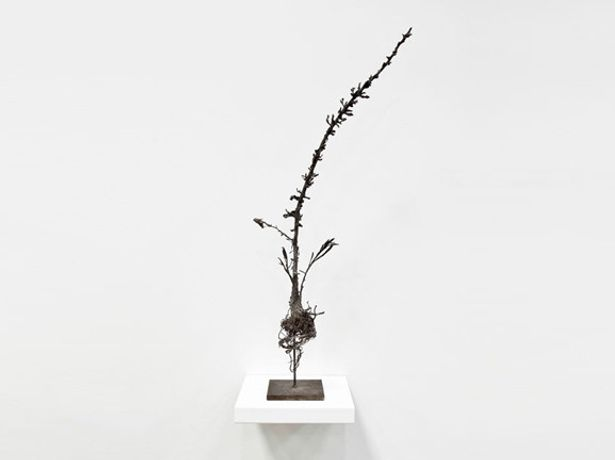 Ella Littwitz, The Pioneer, 2014 Bronze, 66x21x10 cm Courtesy of the artist and Copperfield, London