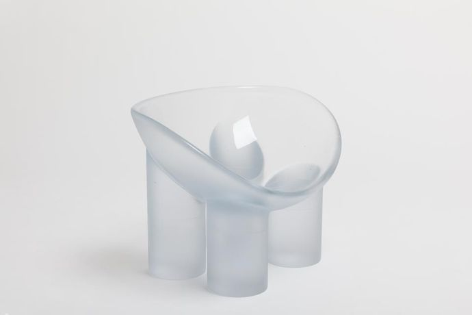 Roly-Poly Chair / Water, 2016 Lithium-barium crystal 24 x 33.5 x 23.25 inches 61 x 85 x 59 cm