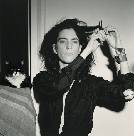 Robert Mapplethorpe (1946-1989), Patti Smith, 1978, gelatin silver print, 35.3 × 35 cm. Gift of The Robert Mapplethorpe Foundation to the J. Paul Getty Trust and the Los Angeles County Museum of Art. © Robert Mapplethorpe Foundation. Used by permission.