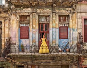 Daniela Lucrecia Márquez Rivero, La Habana, Centro Habana, Colón, Tacón, 2015 framed chromogenic print mounted to Alu-Dibond paper: 70 7/8 x 91 5/16 inches (180 x 232 cm) framed: 72 7/16 x 92 15/16 x 2 3/16 inches (184 x 236 x 5.5 cm) edition of 5 with 2 APs  FT-Q.24