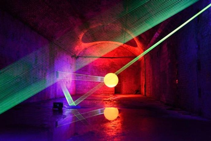 Free talk on Light in Contemporary Sculpture by David Ogle and Andrew Stonyer FRBS: Image 0