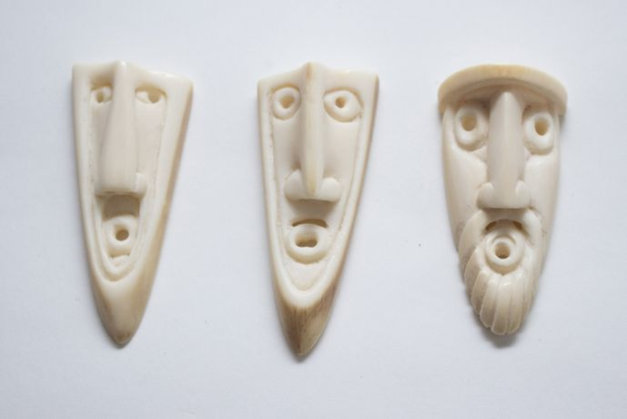 Friedrich Nagler, Three heads made from ivory, © Pallant House Gallery