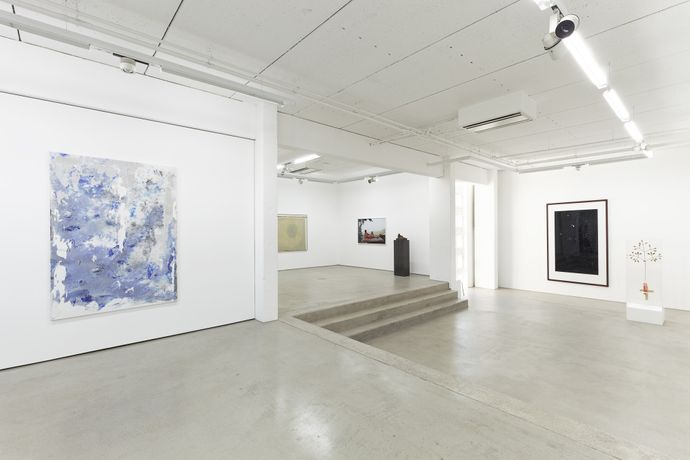Installation view, Hildebrand Collection, G2 Kunsthalle Leipzig with art works (from left to right) by Jens Einhorn, Juliana Ortiz, Grit Hachmeister, Thomas Schütte, Thomas Ruff and Björn Dahlem. photo: Dotgain.info © the artists & G2 Kunsthalle Leipzig