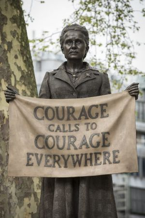 Gillian Wearing: Courage Calls to Courage Everywhere
