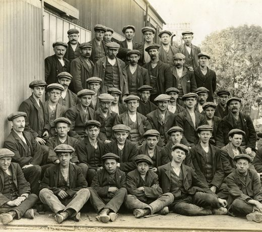 Image: Photograph of Workers at Excelsior Granite Works c. 1910