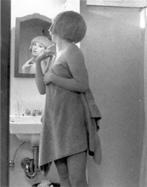 Cindy Sherman, Untitled Film Still #2, 1977 ©Courtesy of the artist and Metro Pictures, New York