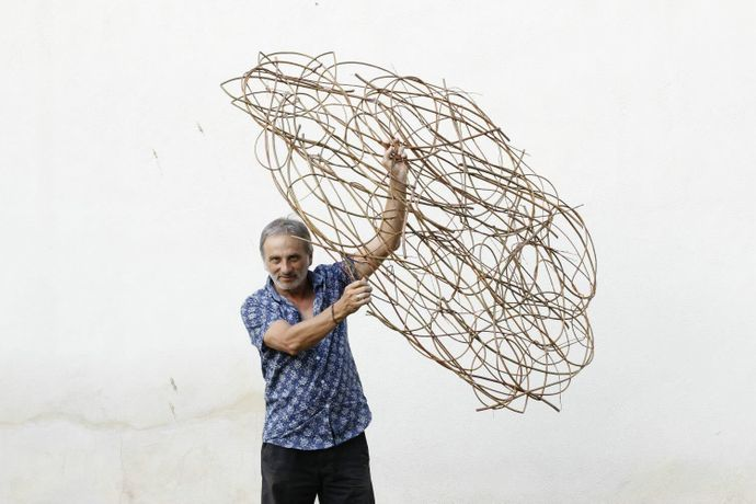 Handmade Basketry  With Vegetable Fibers Course  WITH CARLOS FONTALES: Image 2