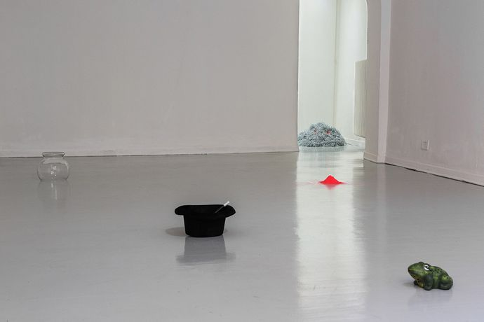 Frances MacGuffin, How Magic Works - Installation view