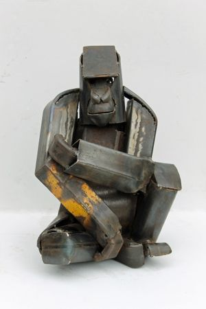 Iain Nutting. Seated Gorilla, 2015 reclaimed scrap metal 43 x 32 x 27 cm, 16 7/8 x 12 5/8 x 10 5/8 in
