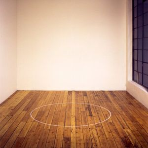 Ian Wilson, Circle on the floor, 1968, Installation view Ian Wilson at the Galerie Mot & Van den Boogaard, Brussels, 1998, Courtesy the artist and Jan Mot, Brussels