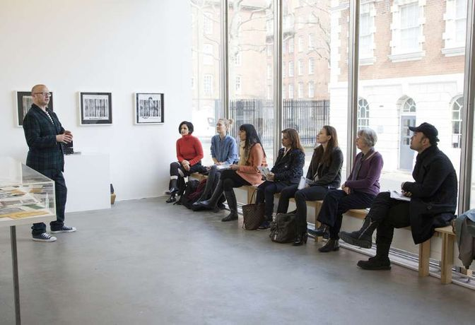 Introduction to Curating Contemporary Art London: Image 0