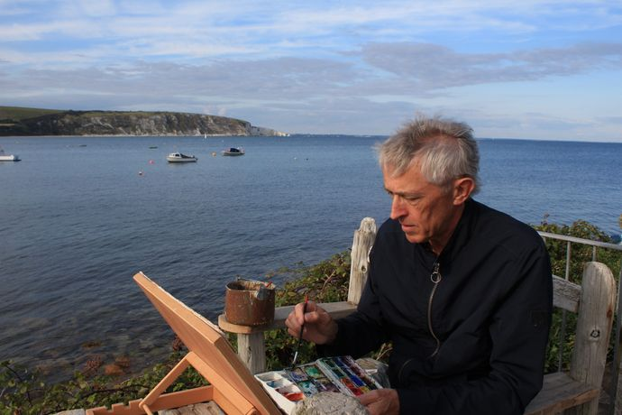 Jeremy Gardiner sketching on location in Swanage, Dorset