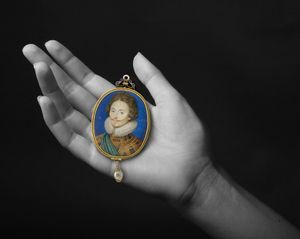 Jewel in the Hand: Early Portrait Miniatures from Noble and Private Collections